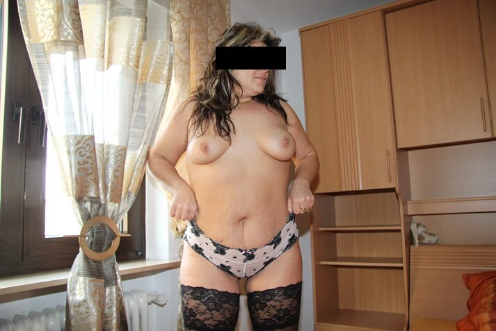 donna curvy pantera
